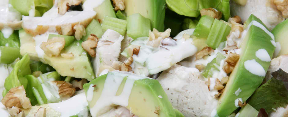 Green salad with walnuts, avocado, smoked chicken breast and honey mustard dressing