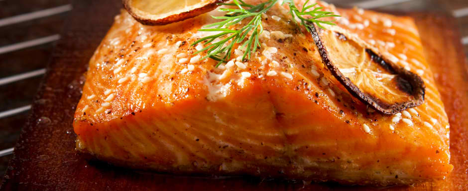 baked salmon with horseradish sauce